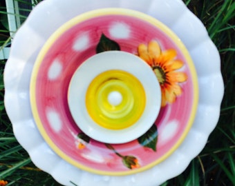 Butter Berry Cream Glass Plate Flower