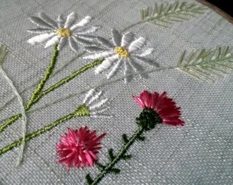 Embroidered hoop, Wild flowers, Scottish thistle, chamomile and grain wall decoration, Field daisies, Summer meadow decoration, Made in UK
