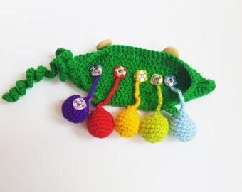 Crochet pea pod crochet amigurumi peas in a pod development of fine motor skills Children's toy Crochet play food Toddler Waldorf Play