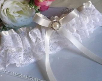 Lace Garter, Ivory Bridal Lace Garter, Lace Bridal Garter, Lace Wedding Garter, Ivory Lace Garter, Satin Garter, Bridal Lingerie