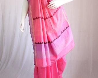 Handloom cotton saree with an appliqued triangular motif