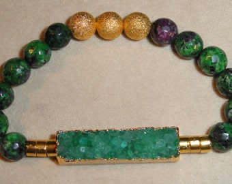 Green Multicolored Beaded Bracelet