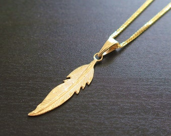 gold feather pendant, gold feather necklace, small feather pendant, gold pendant, gold feather, 14k pendant, feather necklace, feather charm