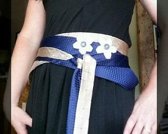 Navy blue obi belt, fashion obi belt, adjustable obi belt, women's wrap belt, ecofashion, repurposed belt, statement belt, wrap dress belt