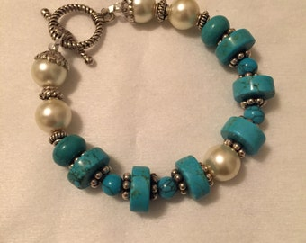 Bracelet, Turquoise and glass pearls, Silver