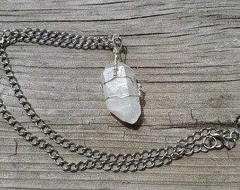 Raw Quartz Wire Wrapped Necklace, Quartz Necklace, Rough Quartz, Crystal Necklace, Stone Necklace, Natural Quartz, Nickle Free Necklace