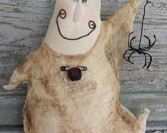 Primitive Ghost, Halloween Ghost Shelf Sitter, Whimsical Ghost & Spider, Halloween Ghost Decoration,Rustic Halloween Ghost,Halloween Decor