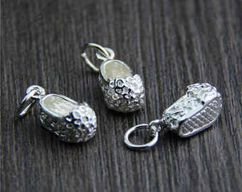 Sterling Silver Baby Shoe Charm,Sterling Silver shoe pendant,flower shoe charm,mini shoes charm
