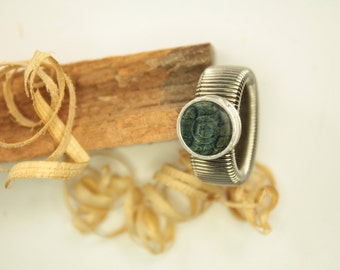 wooden ring / adjustable / fingerring is made of veneers / ring is made of natural wood and stainless steel