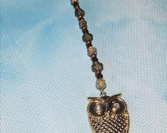 Scissor FOB: Golden Owl