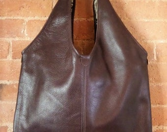 Brown leather zipped tote bag