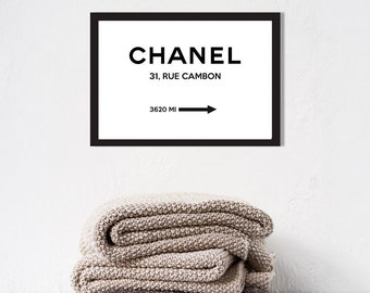 Poster poster chanel 31 rue cambon in Paris, in marfa, feminine and original home décor style.