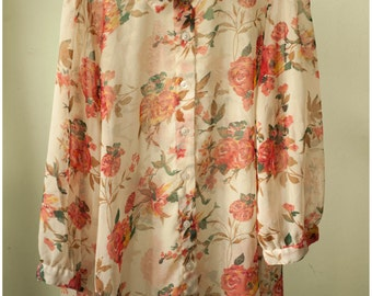 Beautiful Patterned Shirt Vintage Womens SMALL/MEDIUM