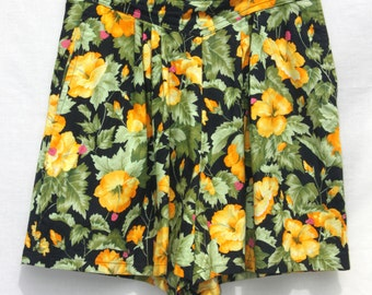 Retro High Waisted Floral Print Shorts