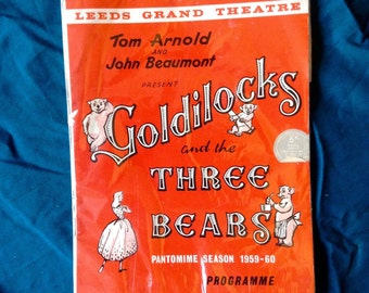 Vintage pamphlet of Goldilocks and the three bears.