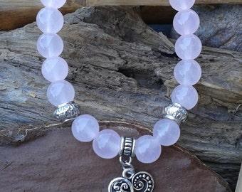 68) Bracelet - Jade rose - breloque coeur