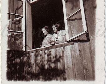 Vintage Photo - Women Photo - Women in the window - Romantic photo - Vintage Snapshot - Polish Photo - 1930s photo - Window - Young girl