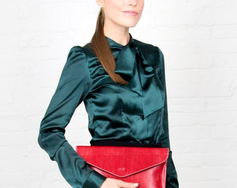 Red Textured Leather Clutch and Shoulder Handbag
