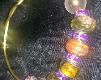 Glass bead and copper wire bracelet