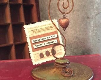 Rustic Ceramic Lid Photo Holder
