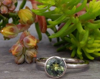Green Sapphire Ring - Montana Sapphire, Recycled 18k Palladium White Gold - Engagement or Wedding Ring - size 5
