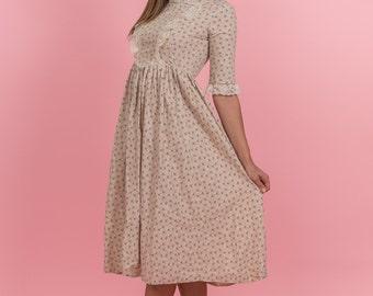 Vintage Beige Floral Prairie Dress (Size Small)