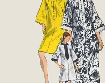 Vintage 1960s CAFTAN Sewing Pattern Three Quarter Raglan Sleeves Vogue 7295 Mod 60s Sewing Pattern Size Large 16-18 Bust 38-40
