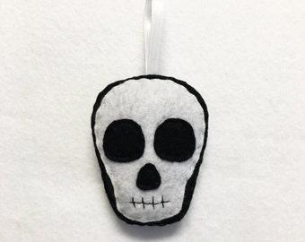 Skull Ornament, Halloween Ornament, Sam the Skull - Made to Order, Felt Skull, Day of the Dead