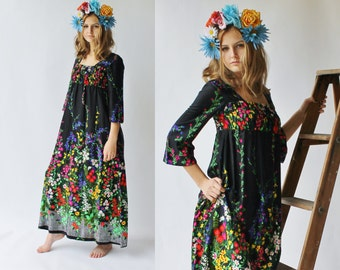 Vintage Colorful Vibrant Dress Made in HAWAII Size 9 Medium