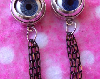 Blinking Doll Eyeball Earrings