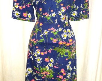 Classic Vintage 1950's Floral Rockabilly Day Dress M/30""