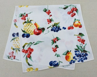 Vintage Wilendur Towel or Runner Bright Colorful Fruit