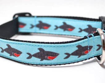 Shark Dog Collar / Shark Attack / Martingale or Buckle / Nautical Dog Collar / Jaws