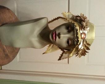 King head piece crown Gold  mantel head wreath laurel Nativity Wise men Magi Christmas