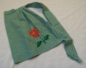 Vintage Gingham Apron, Green and White Gingham, Christmas Apron, Vintage Aprons, Farm Aprons, Apron with Embroidery