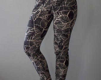 Palm Garden || Organic Botanical Legging, Black legging, pocket, high waist legging, yoga legging, hand printed legging || by Simka Sol