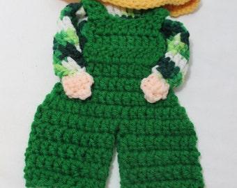 NEW Hand Crocheted Sunbonnet Sam Wall Hanging, Trivet, Potholder, Green