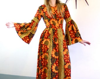 Vintage 70s Indian Tapestry Kaftan Hippie Daisy Flower Print Dress Made in India Orange Red Black Cotton Caftan 1970s Long Bell Sleeve Maxi