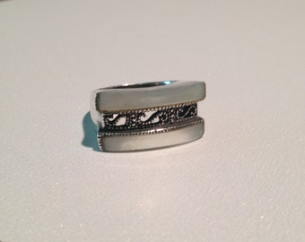 Mother of Pearl Sterling Ring Size 8 Bold Lacy