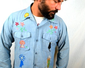 Awesome Vintage 1970s Embroidered Chambray Button Up Shirt  - Shroom, Cat, Palm, Sun, Flower