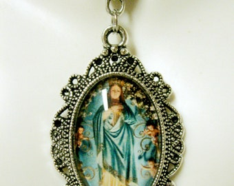 Mary, Mother of Mercy, pendant with chain - AP04--121