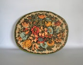 Vintage Round Floral Pillow // Floral Fabric // Throw Pillow