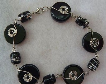 Silver & Black Link Beaded Bracelet Jewelry Handmade NEW Accessories Fashion Coils Boho Chic