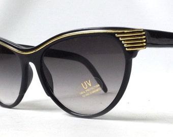 vintage 1980's cat eye round sunglasses black plastic frames gray lenses sun glasses womens accessories accessory fashion retro modern