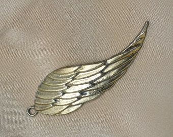 Single Angel Wing Pendant / Charm Bronze / Gold Plated
