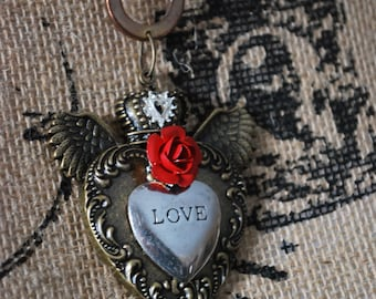 Assemblage gothic heart red rose pendant necklace