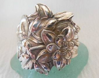 Antique Sterling Silver Flower Spoon Ring size 7