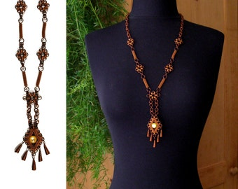 1950s Copper Wire CROCHET Necklace - Wire Wrapped Jewelry - Handmade Lariat FRINGE Necklace - Floral Diamond Art Nouveau Jewelry