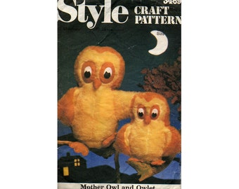 Style 3469 Vintage 80s Stuffed Toys Owls Sewing pattern Retro Stuffed Animals Toys Plushies