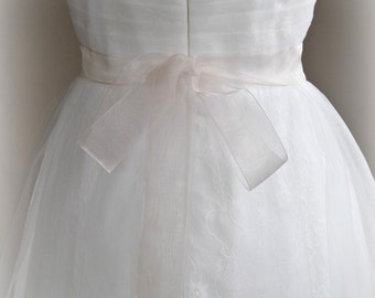 Blush Organza Ribbon, 1.5 Inch Wide, Sheer Pale Mauve Ribbon Sash, Pink Bridal Sash, Wedding Belt, 4 Yards